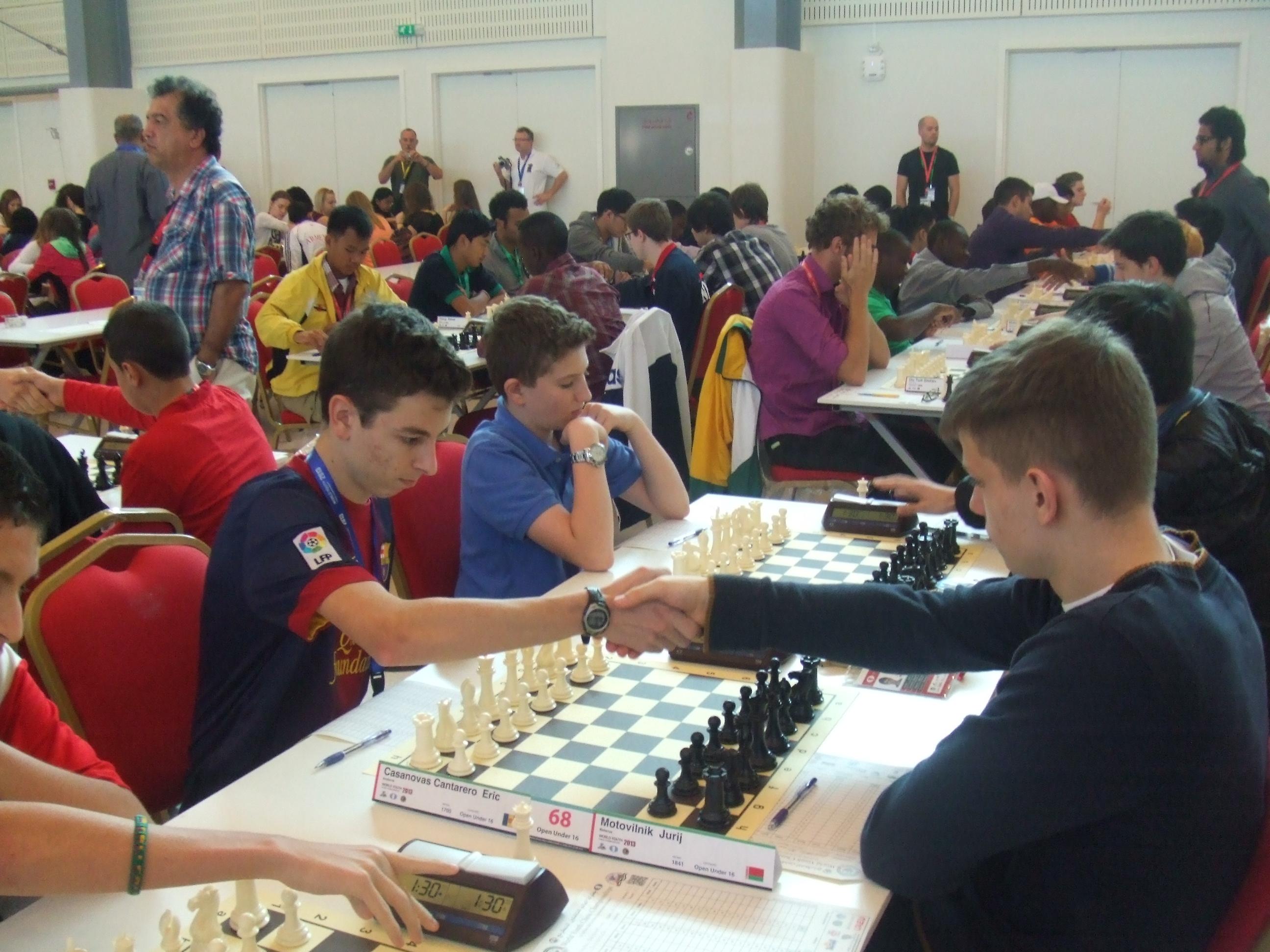 2013 Campionat del Món per edats – R7